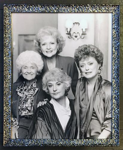 golden-girls-chromoII-universal